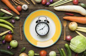 ¿A qué hora es mejor cenar?