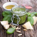 Aceite de albahaca italiano: receta de la Toscana