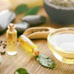 Aceite de árbol de té para las liendres y piojos del niño