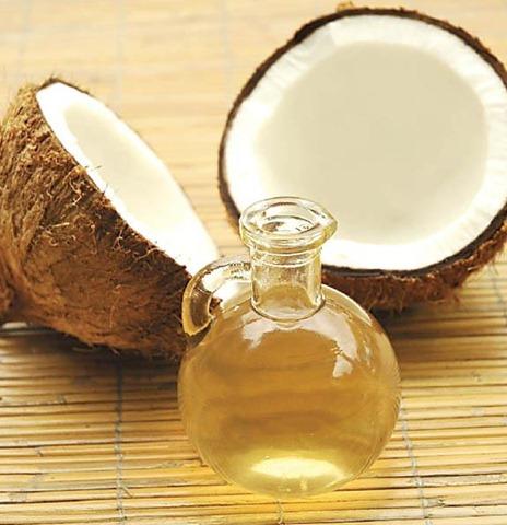 aceite-coco-manos