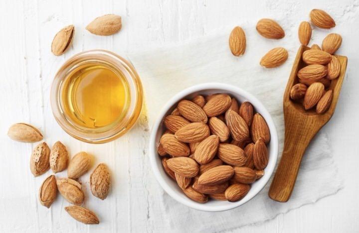 Benefícios do óleo de amêndoa doce