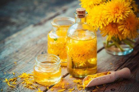 Cómo hacer aceite de diente de león: 2 recetas para las arrugas