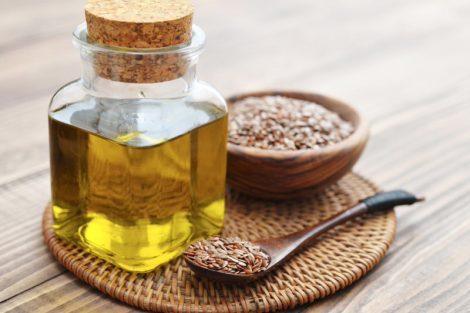 Aceite de linaza o lino: beneficios para el colesterol, rico en omega-3