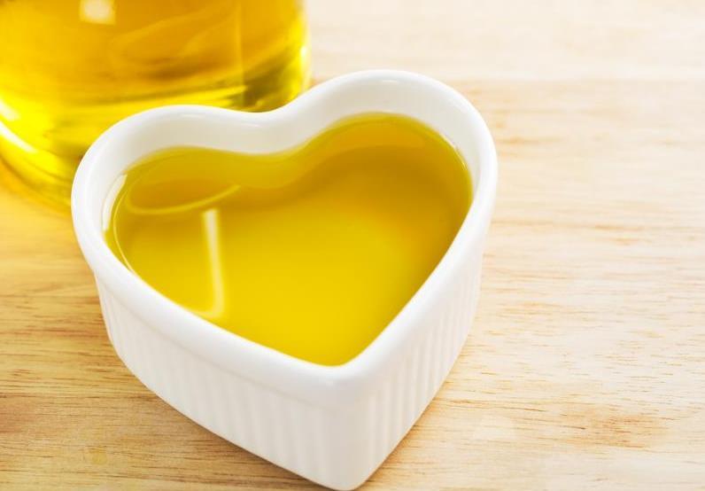 aceite-oliva-corazon