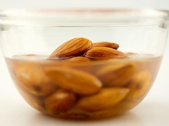 Descubre cómo es el proceso de activación de los frutos secos