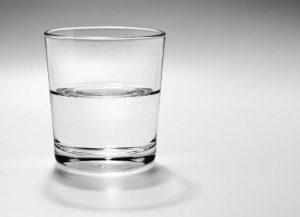Agua con azúcar para quitar las agujetas