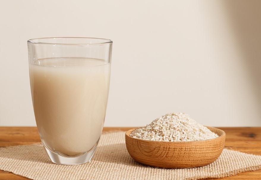 Agua de arroz para el cabello y la piel