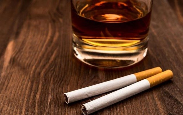 alcohol-tabaco-tension