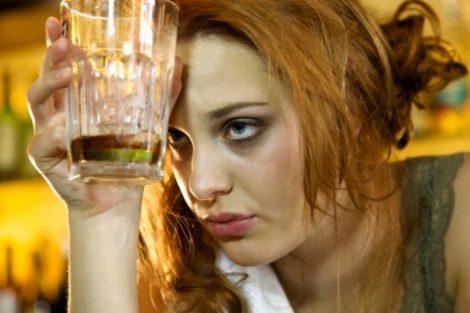 Alcohorexia: dejar de comer para beber alcohol
