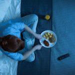 Qué alimentos debemos evitar antes de irnos a dormir