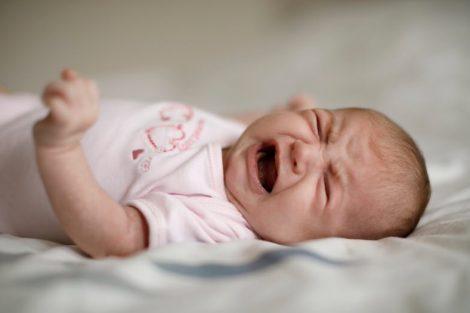 Cómo aliviar las molestias del bebé si tiene reflujo