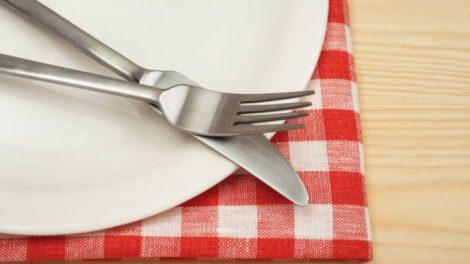 Aluminio en cuchillos y tenedores