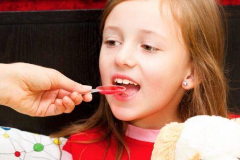 Apiretal: qué es, para qué sirve y dosis según edad de tu hijo