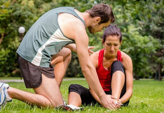 Aplicación de calor en una lesión deportiva