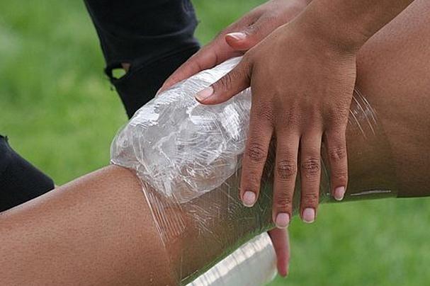 Aplicar frío en una lesión deportiva