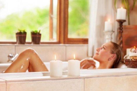 Por qué es tan bueno darte un baño de relax regularmente