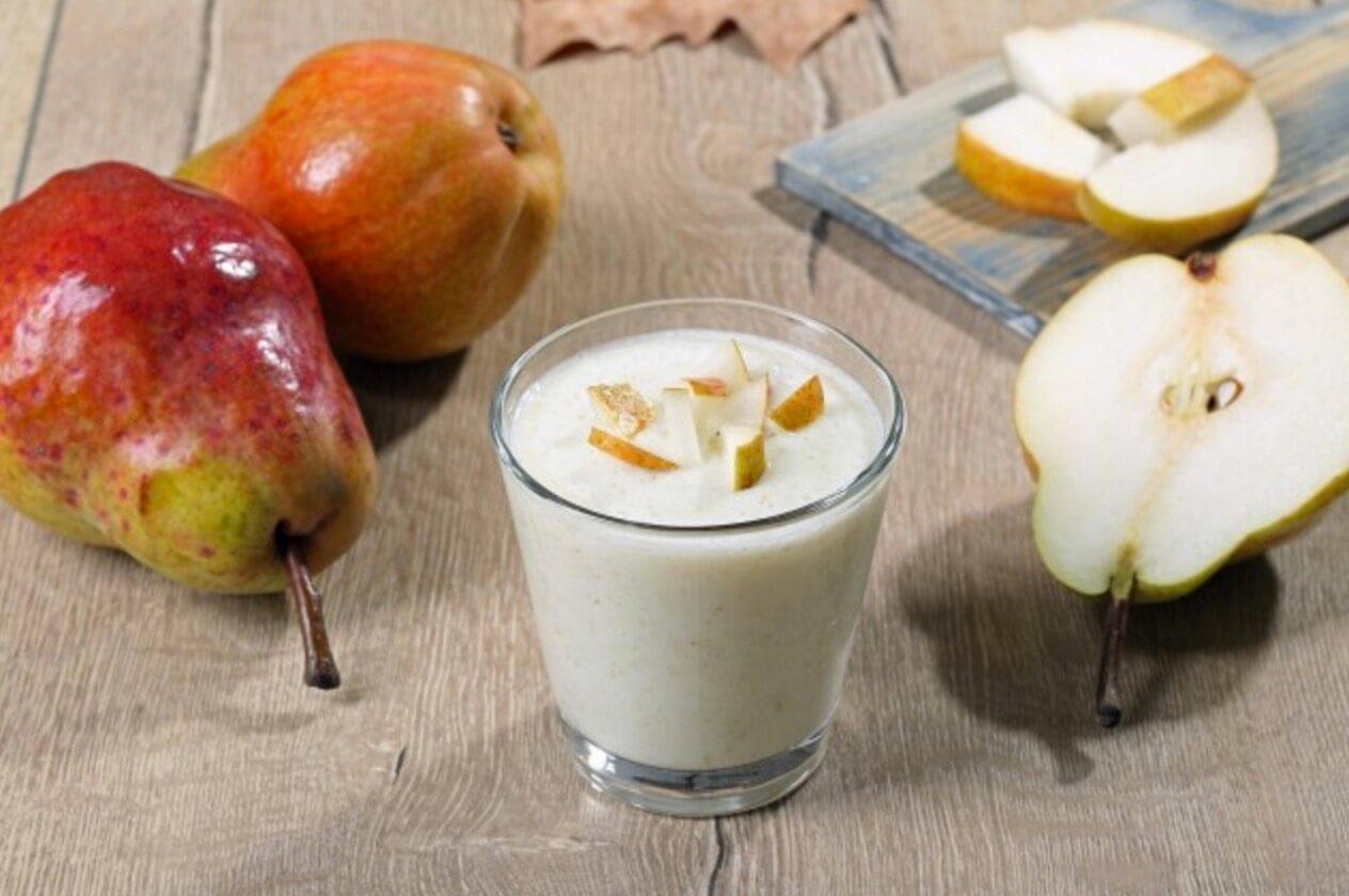 Cómo hacer un batido de pera bajo en calorías