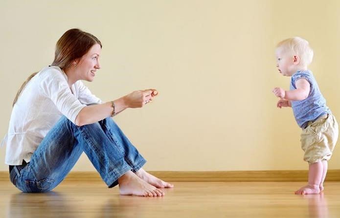 Los primeros pasos del bebé: consejos para padres