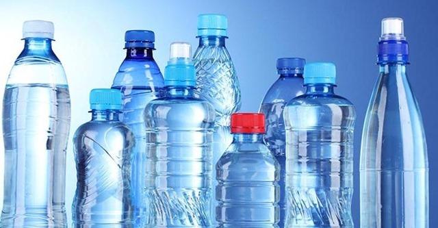 Resultado de imagen de reutilizar botella plastico malo