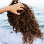 El cabello encrespado, un problema común fácil de prevenir