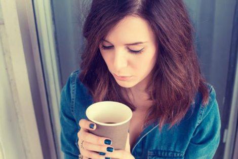El consumo de cafeína no aumenta el riesgo de padecer cáncer de mama