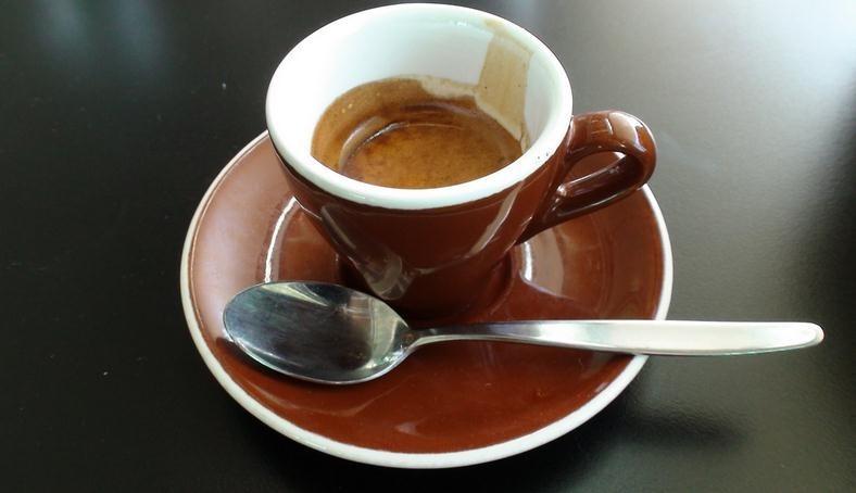 Riesgos de tomar café en ayunas