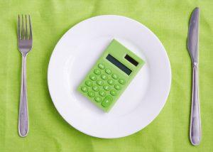 Cuántas calorías debe consumir una mujer