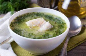 Receta de caldo de pescado con mojo hervido