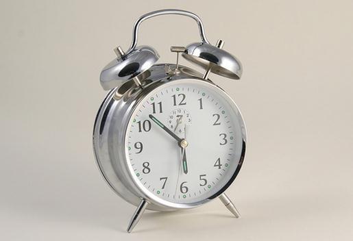 Por qué se cambia la hora