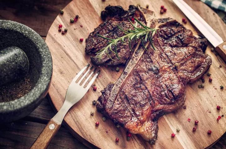 La hipertension y el consumo de carne roja