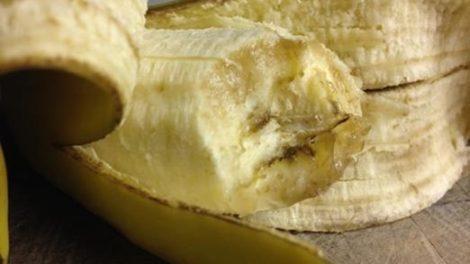 La cáscara de plátano aporta muchos beneficios para la salud