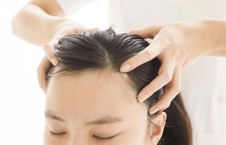 causas-grasa-cabello