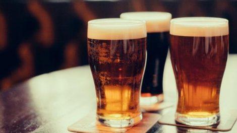¿Es verdad que la cerveza aumenta de peso?