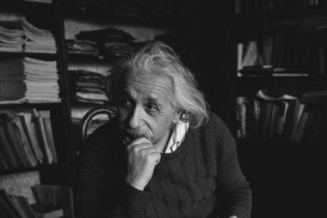 10 citas célebres de Einstein que son de lo más inspiradoras