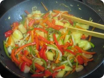 Cocinar con ollas rico sano y saludable - Cocinar verduras para dieta ...