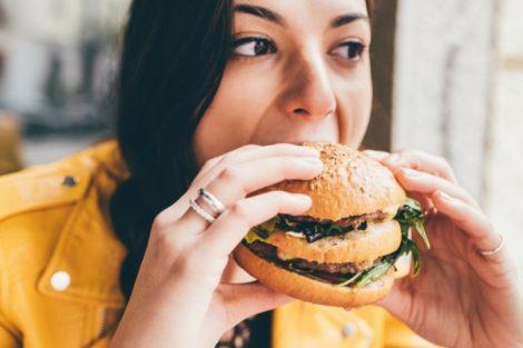¿Por qué sube el colesterol?