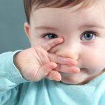 ¿Qué color de ojos y de pelo tendrá el bebé?