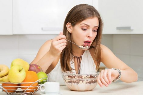 ¿Sabíais que comer deprisa aumenta de peso?