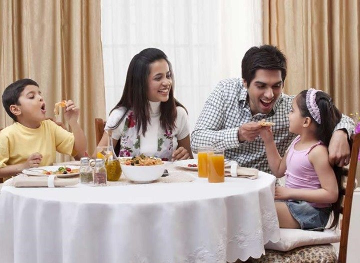 comer-en-familia