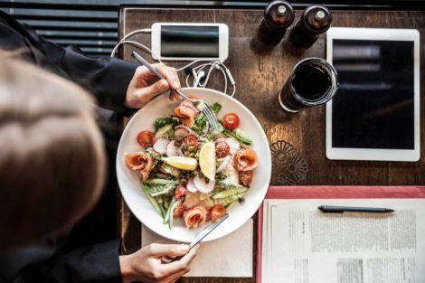 Consejos útiles para comer sano en el trabajo