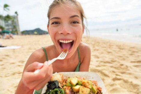 Comer sano en vacaciones: consejos que te ayudarán