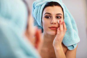 Cómo desmaquillarse los ojos correctamente