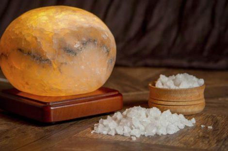 Cómo elaborar una lámpara de sal casera