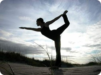 Cómo prepararse para hacer los ejercicios de yoga