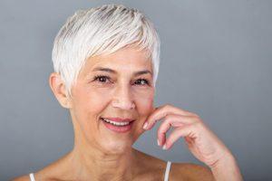 Consejos para el cuidado de la piel a los 50