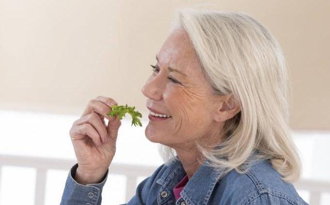 consejos-naturales-halitosis