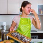 Cómo evitar y reducir el olor a pescado en la cocina y en toda la casa