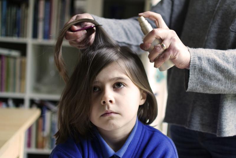 Tratamiento de los piojos en niños