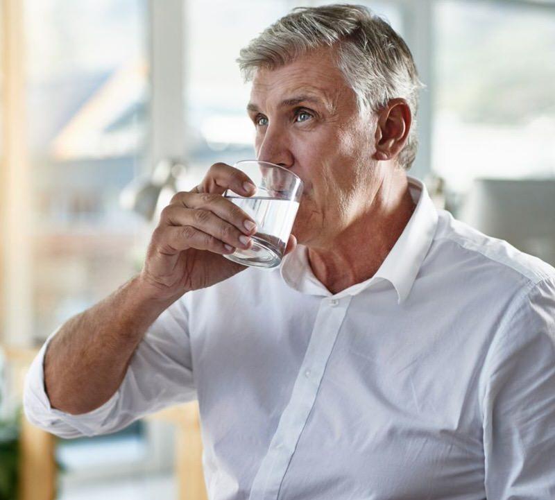 Cómo prevenir el cólico de riñón