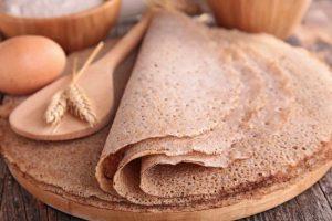 Cómo hacer crepes de trigo sarraceno